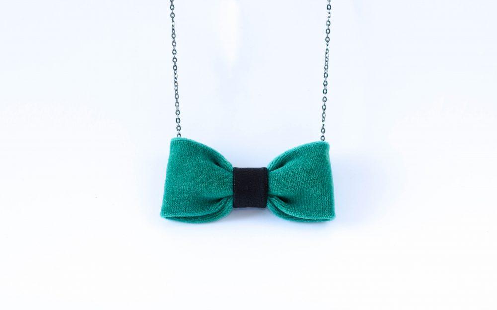 žalias pakabukas