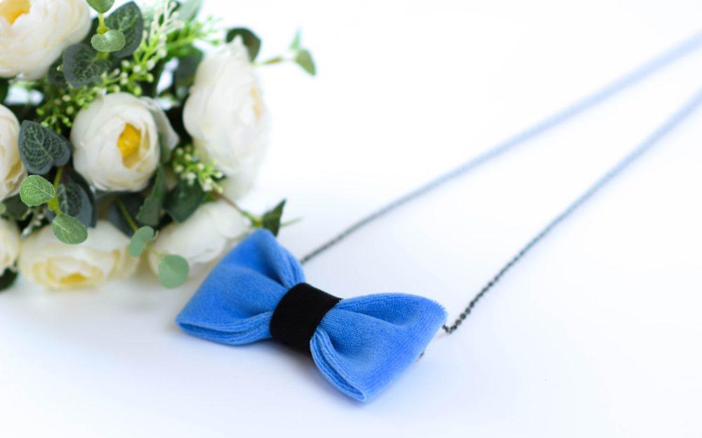Mėlyna peteliškė pakabukas